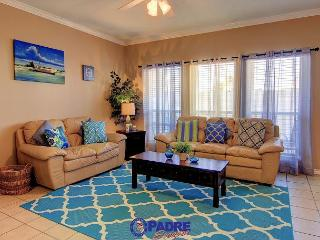 Spacious 3 Bedroom property that's close to the Beach, Corpus Christi