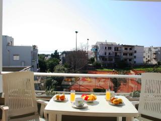 Spacious 1 Bed Apartment in Vibrant District of Split With Great Night Life