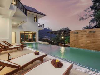 Andaman Residences - 213 Villa Patong Hill