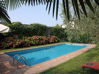 Il Chiostrino - Appartamento con Vista lago, Gardone Riviera
