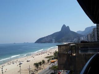 Exclusive Ipanema Front Beach Flat, Rio de Janeiro
