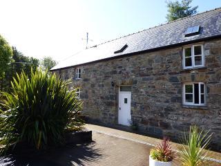 Celiog y Gwynt, Gellifawr Cottages, Fishguard