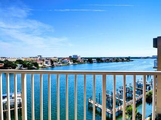 Harborview Grande  507 Just Refurnished!! Beachy, family-friendly CORNER Unit, Clearwater