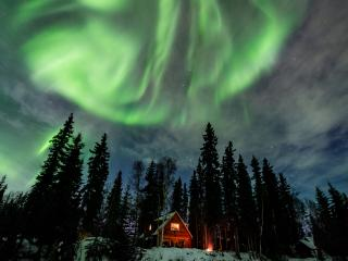 Private, Waterfront Cabin with Aurora & Wildlife, Fairbanks