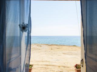 Sea views summer house, Marina di Mancaversa