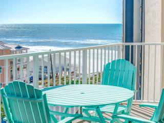 Mainsail 361-2BR-RealJoy Fun Pass* Walk2Beach-Gulf Views!*NEW*