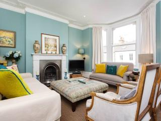 A well-designed five bed family home in the Brook Green/Shepherd's Bush area., London