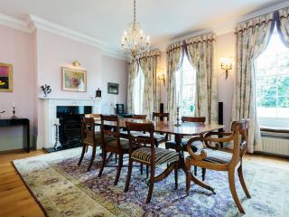 Ravishing Richmond, 6 bed family home in South West London