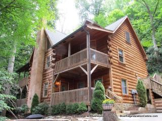 Log Home*Walk to River*HotTub*Gametables*Fireplace, Valle Crucis