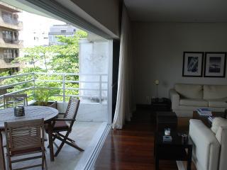 W01.29 - 2 BEDROOM APARTMENT IN IPANEMA, Río de Janeiro