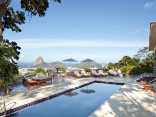 W01.119 - 6 BEDROOM VILLA IN SANTA TEREZA FOR RENT, Rio de Janeiro