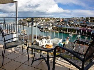 Top Deck, 6 Linden Court located in Brixham, Devon