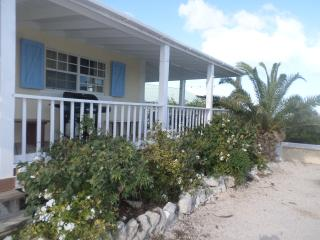 Affordable guest house with great views, Long Bay Beach