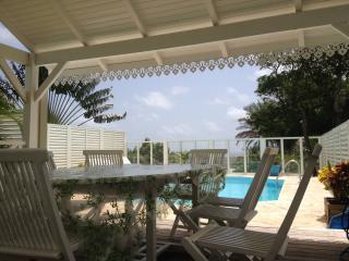 Résidence CaZméti'C - Bungalow Lagon piscine, Le Marin