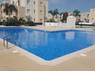 Beautiful Mandria Apartment with communal pool.