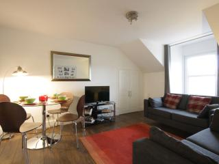 Tomnahurich Apartment - 2 Bedroom, Inverness