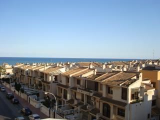 Double bedroom, own bathroom, next BlueFlag Beach, Guardamar del Segura