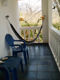 Et si vous faisiez une sieste dans ce hamac? Bercé par les chants mélodieux des oiseaux exotiques