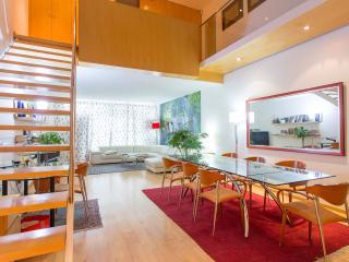 Modernismo en Barcelona : Duplex con Jardin y PK.