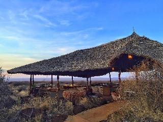 The deck offering views over the Amboseli plains