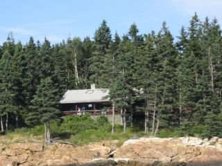 SPRUCEROCK COTTAGE | SOUTHPORT ISLAND MAINE | OCEANFRONT | FAMILY VACATION, Newagen