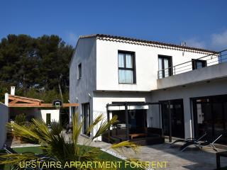 Appartement 4-6 Personnes dans Maison d'Artiste, Cassis