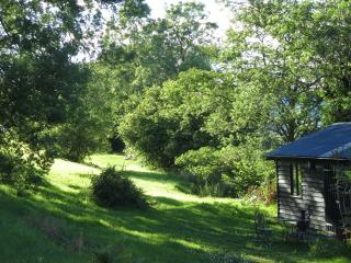 Tyddyn Retreat - Summerhouse Cabin, Carno