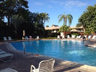 Top Location, Best Views, Park Shore Resort 210