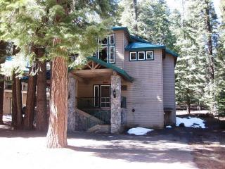 Droge - Country Club Home, Walking Distance to Rec Area 1, Lake Almanor Peninsula