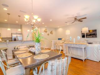 Majestic Sands-4BR in 125 Crystal Beach- OPEN 9/17-9/23! New Home- FunPass