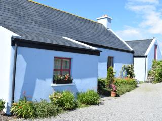 Sea view cottage with contemporary appeal, Goleen