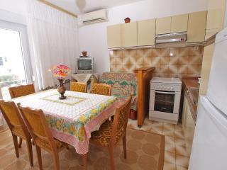 Apartment 3917