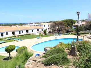 Apartamento con piscina a 5 minutos de la playa, Arenal d'en Castell