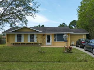 Gorgeous and Charming Home, Port Saint Lucie