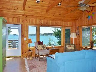 2 Upscale Waterfront Cottages Rented as 1 Unit, Boothbay