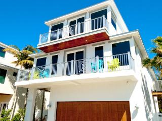 Stunning 5 bedroom Pool Home just steps from the beach!