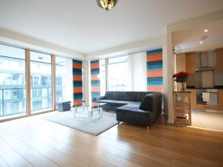 3 Bed Apt - Grand Canal Dock, Dublin City Centre.