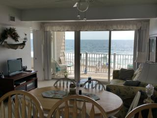 Oceanfront Condo Directly On Beach!, Normandy Beach