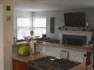 Affordable Family Home a Short Walk to the Beach and Downtown Hermosa Beach!