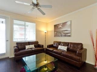 REMARKABLE FURNISHED 2 BEDROOM 2 BATHROOM APARTMENT IN LOS ANGELES, Los Ángeles