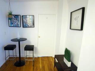 Furnished Apartment at Mulberry St & Hester St New York, Newark