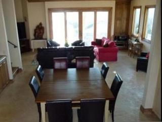 Furnished 4-Bedroom Home at Pacific Coast Hwy & Anderson St Huntington Beach