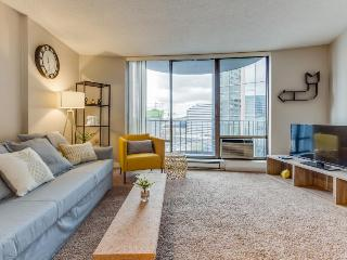 Spacious downtown condo w/ pool, steps to Convention Center!