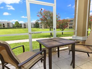 Dazzling 3 BR/2 BA Ground Floor Condo Near Disney, Kissimmee