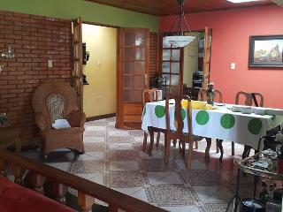 COMFORTABLE ROOM EN HEREDIA