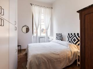 'Lucina House' big apt. In the heart of Trastevere, Roma