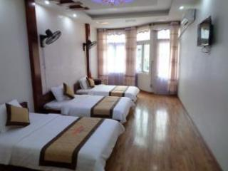 halong bay cheap apartment .. this one can sleep a max of 6 persons. We change the bedding everyday