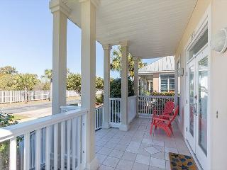 20% Off 5 Nights or More Feb-May 26th! Charming home 2 blocks from the beach, Miramar Beach