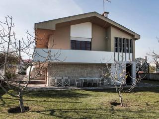 MiraSerra villa with spacious garden, Sesimbra