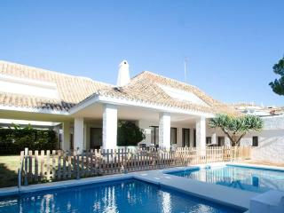 A Modern Style Villa in Puerto Banus for Short Term Rent